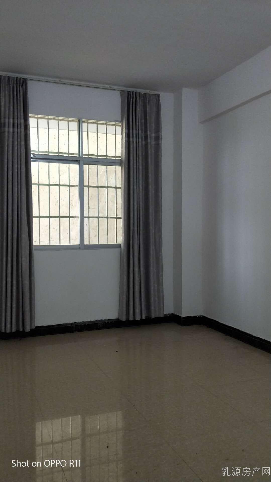 妇幼保健院附近-1楼-单房350/月-二房500/月