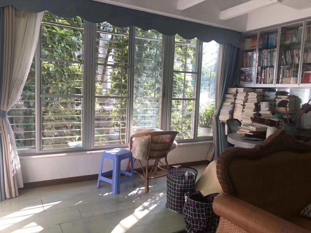 编号Xw4399出售:宜馨花园园心2楼 3房2厅 126方 去年翻新装修