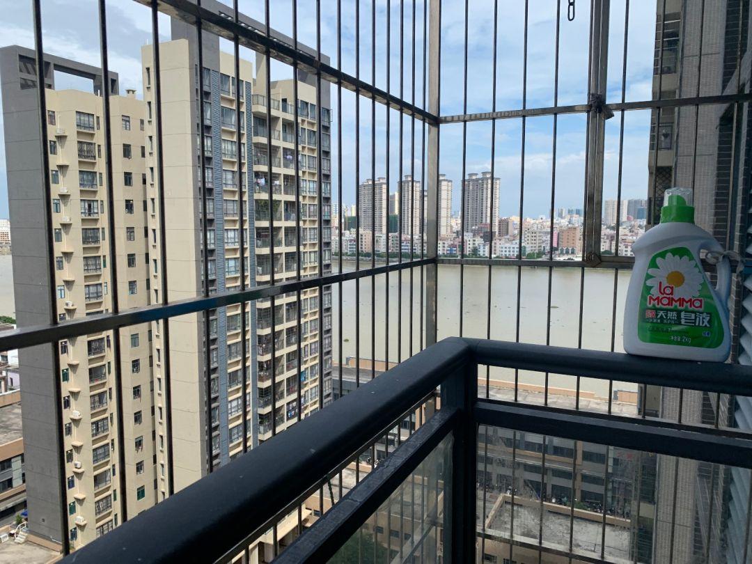 编号Xw4401出售:和江花园 电梯3楼 190方 4房2 三面采光