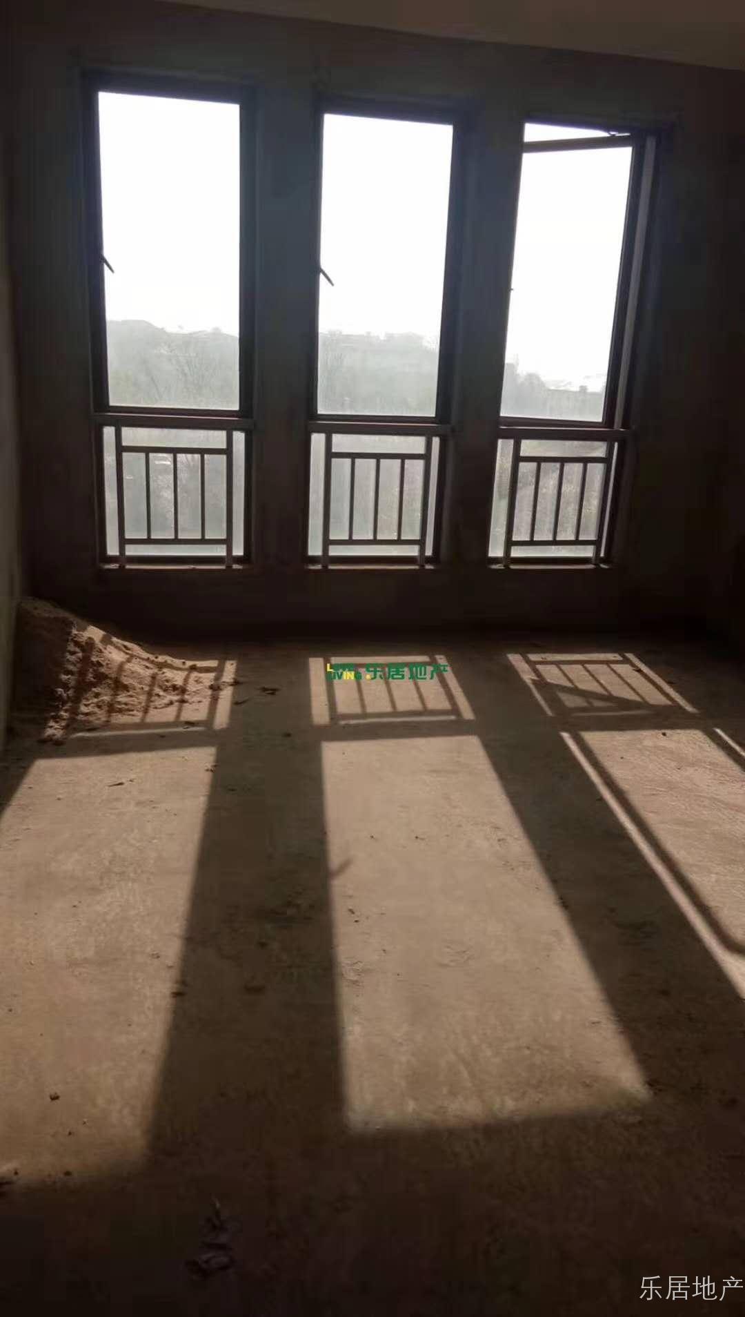 庐湖春天洋房出售