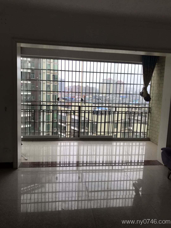 新百家楼上恒盛广场三房两厅房子出租