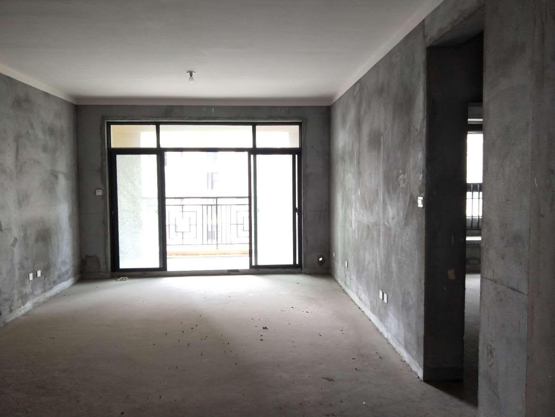 君悦华府 三室两厅 中间楼层 送车库车位 靠吾悦广场