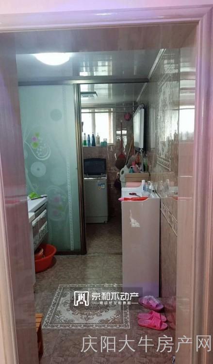 南区多层3居室可按揭带地下室诚心出售