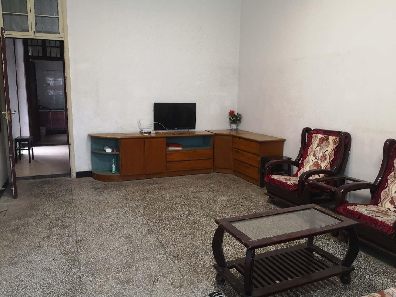二室二厅装修房出租