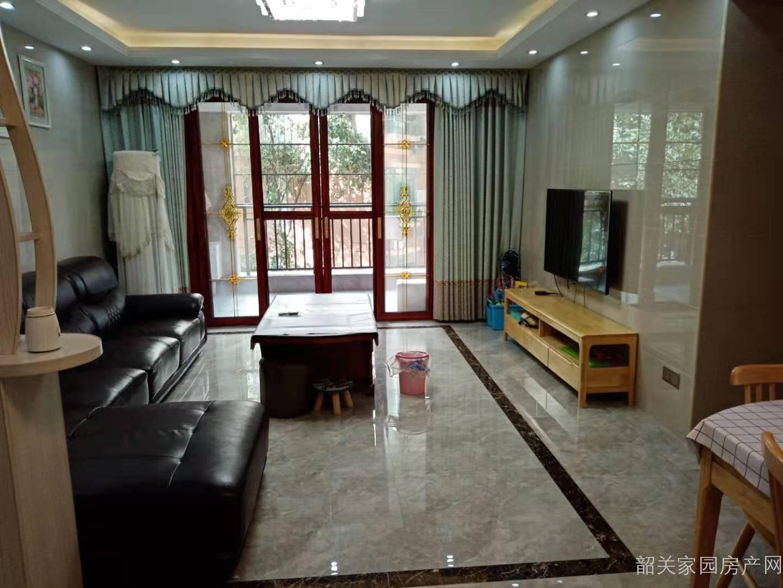 曲江区江畔花园三期 133方精装房 证满二年