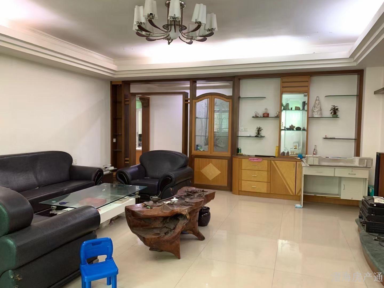出售:汇璟花园一期平台上1楼,3房2厅+1书房,清点装修 室内156方
