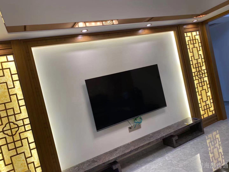 出售:上东华府,高层 4房2厅2卫,128.63平方,172万,全新中式精装宜